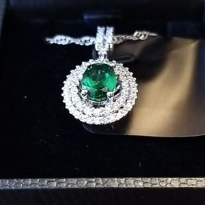 Green Emerald and Diamond look Necklace.  GORGEOUS